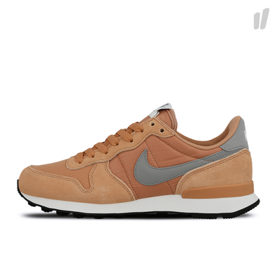 Nike Internationalist | Sneakerjagers | Alle kleuren, alle
