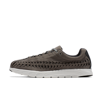 Nike Mayfly Woven Tumbled Grey/Anthrct-Smmt Wht productafbeelding