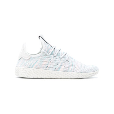 Pharrell x adidas Tennis HU Light Blue productafbeelding