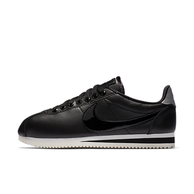 Nike Wmns Classic Cortez Se Premium Black/black-reflect Silver-cool Grey productafbeelding