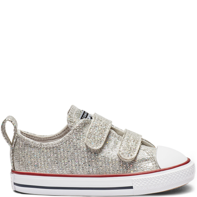 4af6ab818e9 Chuck Taylor All Star Hook and Loop Sparkle Low Top