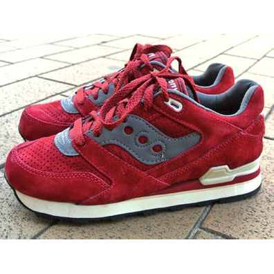 Saucony Courageous Premium Pack Red productafbeelding