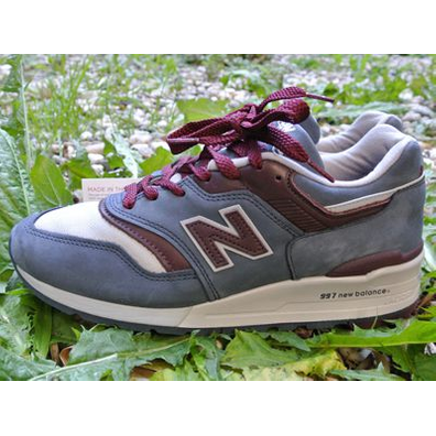 New Balance  Made in the USA Grey Steel & Burgundy productafbeelding