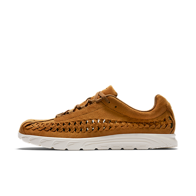 Nike Mayfly Woven Ale Brown/ Sail productafbeelding
