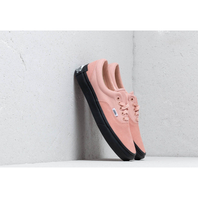 "Vans x Purlicue Era ""Year Of The Pig"" Rose Cloud/ Black productafbeelding"