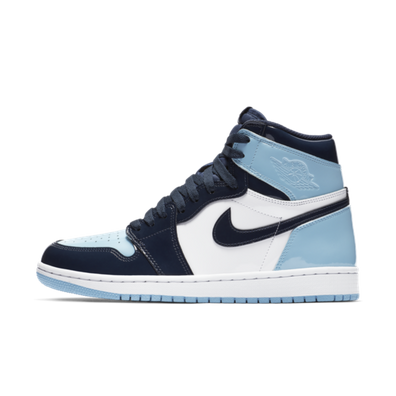 Air Jordan 1 WMNS Retro High OG 'UNC Patent Blue' productafbeelding