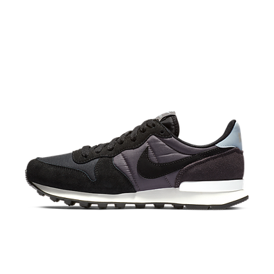 Nike WMNS Internationalist productafbeelding