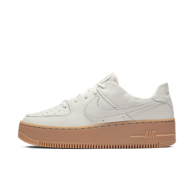Nike Air Force 1 Sage Low LX  productafbeelding