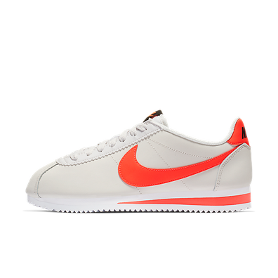 Nike Wmns Classic Cortez Leather (Platinum Tint / Bright Crimson - Bla productafbeelding