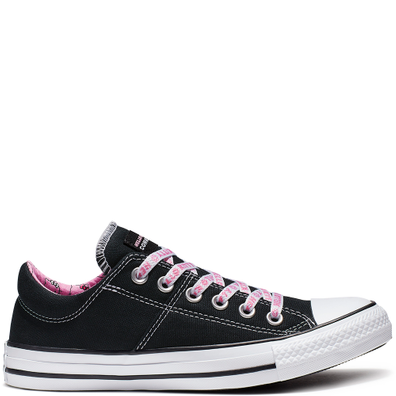 Converse x Hello Kitty Chuck Taylor All Star Madison Low Top productafbeelding