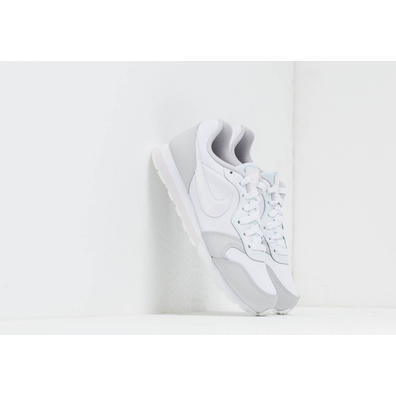 Nike Md Runner 2 (GS) White/ White-Vast Grey productafbeelding