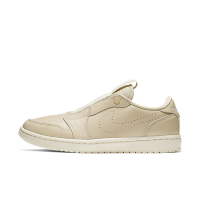 Air Jordan 1 WMNS Retro Low Slip-On 'Desert Ore' productafbeelding