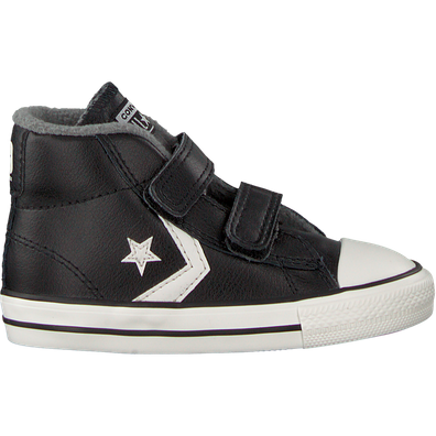 Converse Star Player 2v Mid productafbeelding