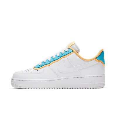 Nike WMNS Air Force 1 '07 SE 'Cosmic Clay' productafbeelding