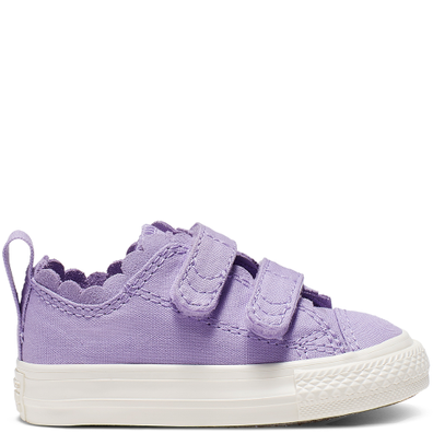 Chuck Taylor All Star 2V Frilly Thrills Canvas Low Top productafbeelding