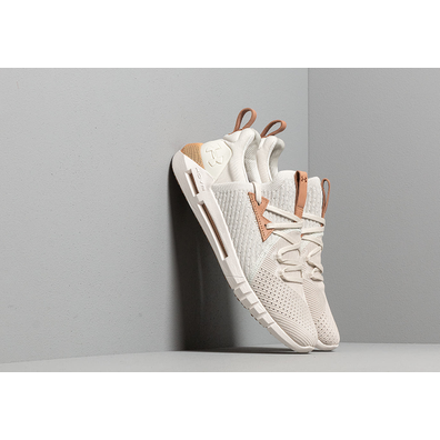 Under Armour Hovr Slk EVO Perf Suede Summit White/ Onyx White productafbeelding