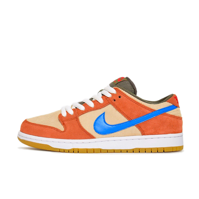 Nike SB Dunk Low Pro 'Dusty Peach' zijaanzicht