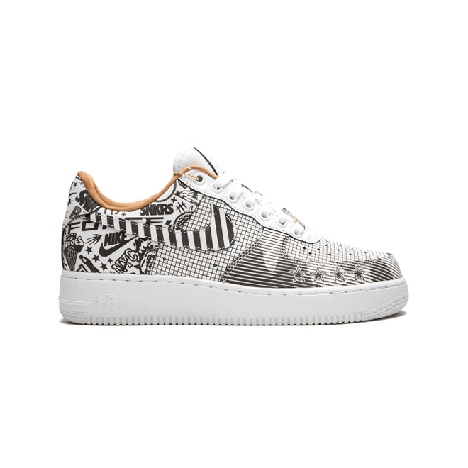 Nike Air Force 1 PRM NYC zijaanzicht