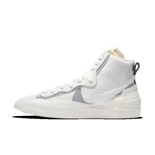 Sacai X Nike Blazer Mid 'White' zijaanzicht