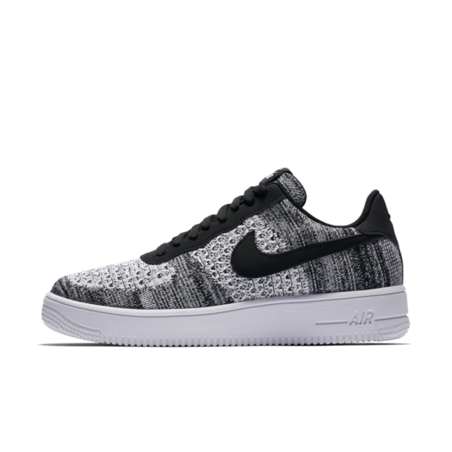 Nike Air Force 1 Flyknit 2 'Black'