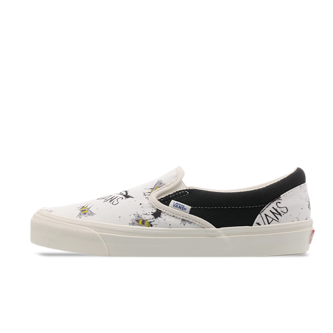 Ralph Steadman X Vans Slip-On 'Bee' zijaanzicht