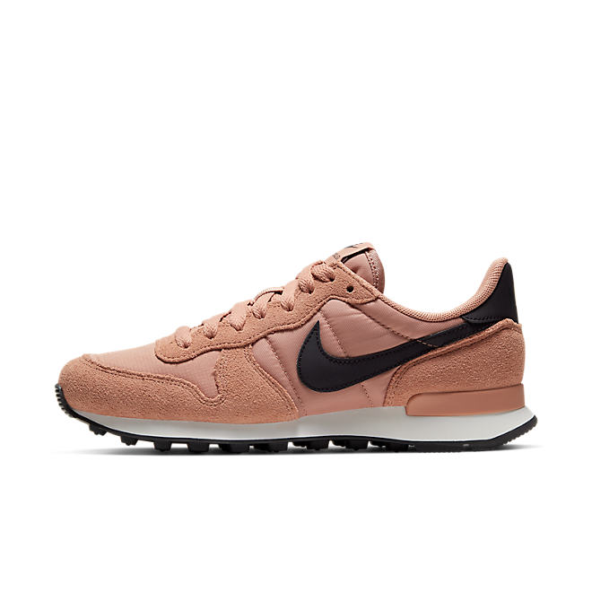 "Nike Wmns Internationalist ""Rose Gold"""
