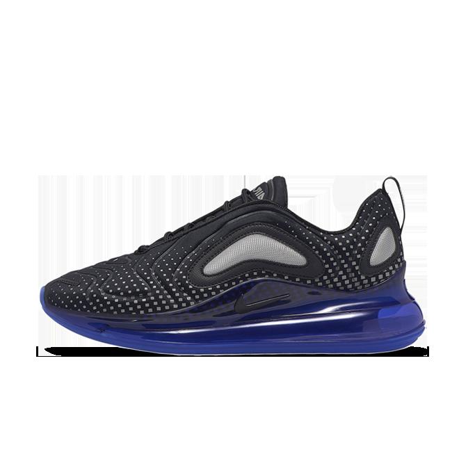 Nike Air Max 720 'Black Pixel' zijaanzicht