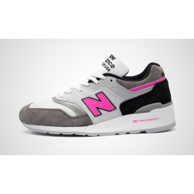 "New Balance M997LBK - Made in USA ""90's Fluorescents"" zijaanzicht"