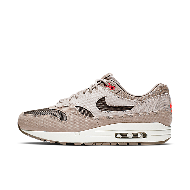 Nike Air Max 1 Premium 'Light Brown' zijaanzicht