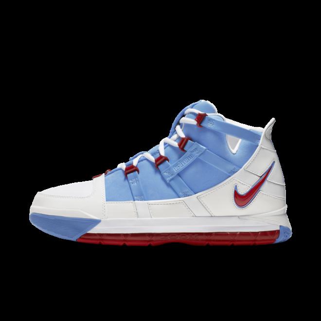 Nike Zoom Lebron 3 QS 'University Blue' zijaanzicht