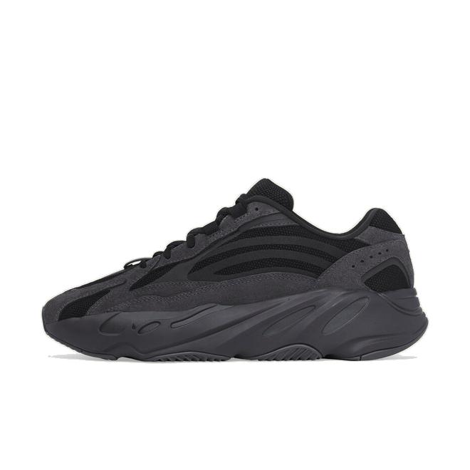 adidas Yeezy Boost 700V2 'Vanta' zijaanzicht