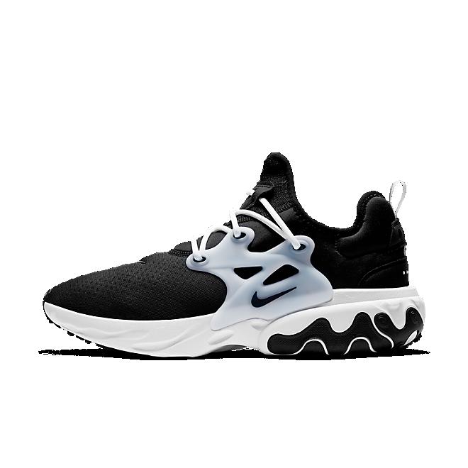 Nike React Presto 'Black' zijaanzicht