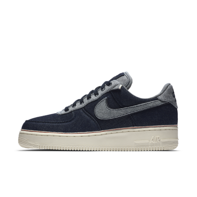 3x1 X Nike Air Force 1 Denim '07 Premium 'Raw Denim' zijaanzicht