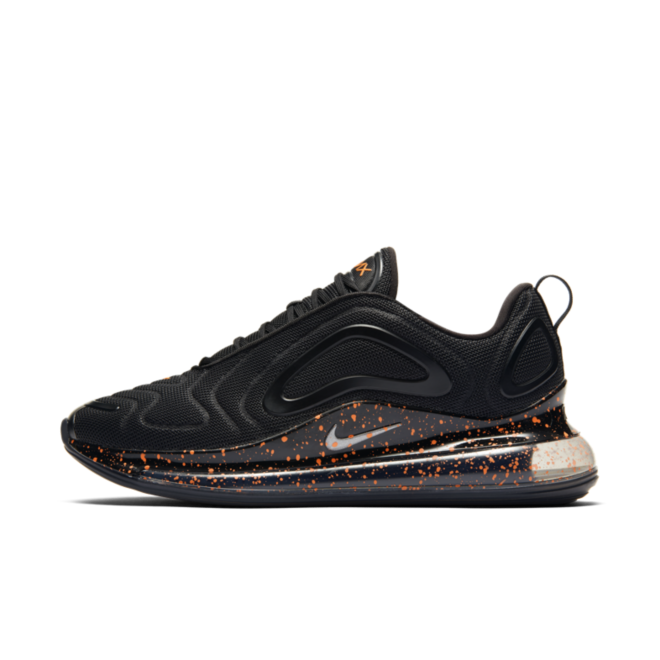 Nike Air Max 720 'Black Speckle' zijaanzicht