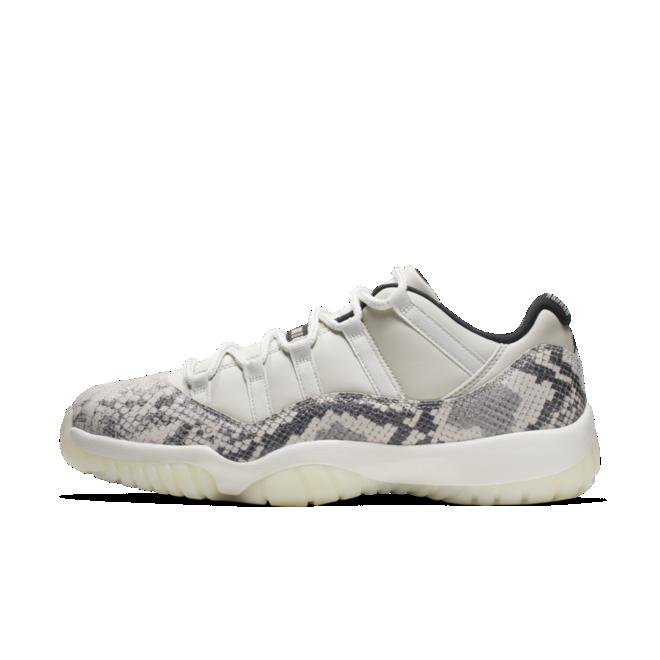 Air Jordan 11 Low LE 'Snake Skin'
