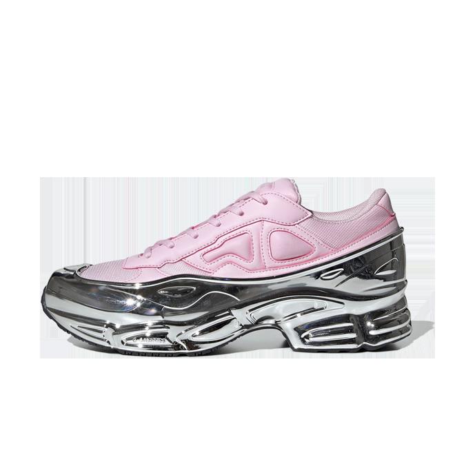 adidas Raf Simons Ozweego 'Pink Chrome' zijaanzicht