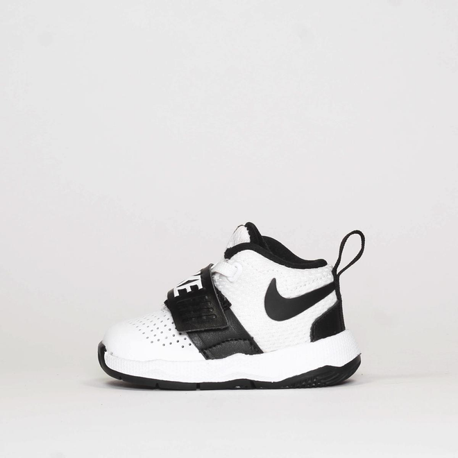 Nike team hustle D8 TD