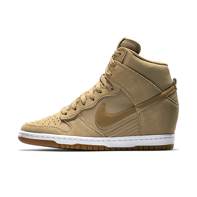 Nike Dunk Sky High Essential