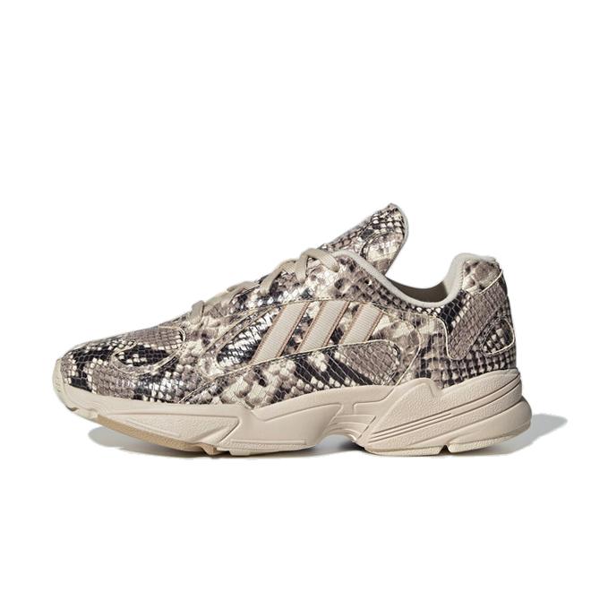 adidas Consortium Yung-1 'Snake Skin' zijaanzicht