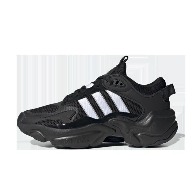 adidas WMNS Magmur Runner 'Core Black zijaanzicht