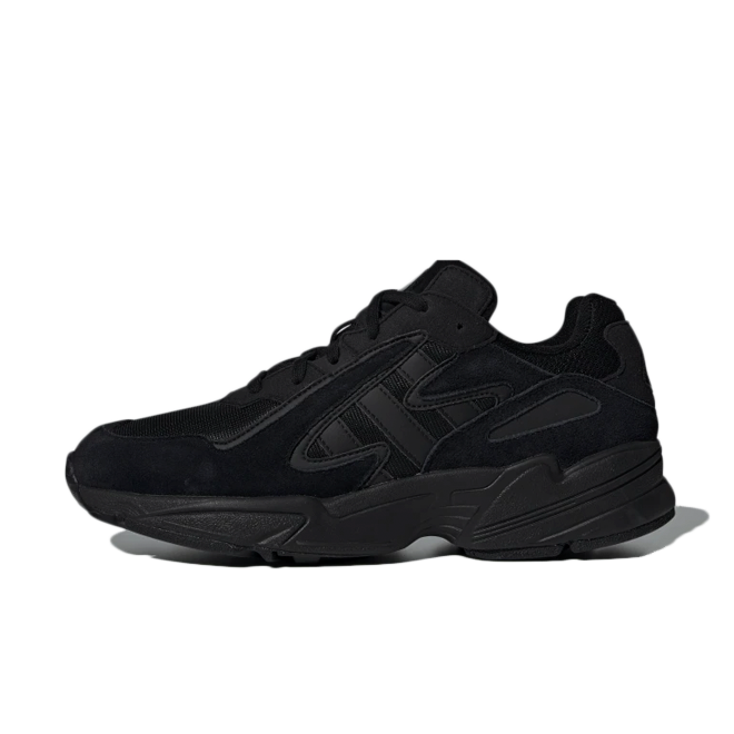 adidas Yung-96 'Triple Black zijaanzicht