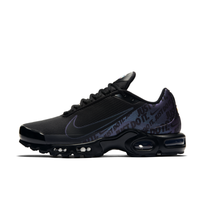 Nike Air Max Plus Just Do It 'Black' zijaanzicht