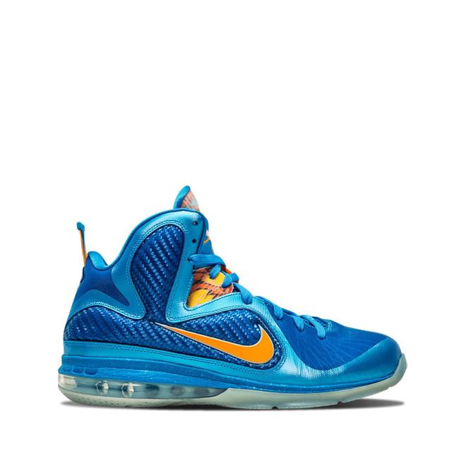 Nike Lebron 9 zijaanzicht