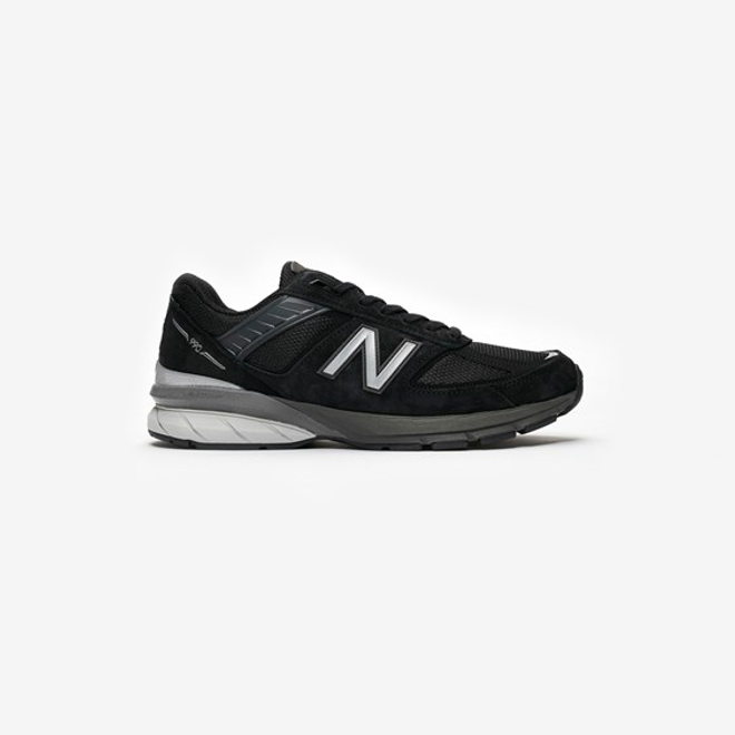 New Balance W990
