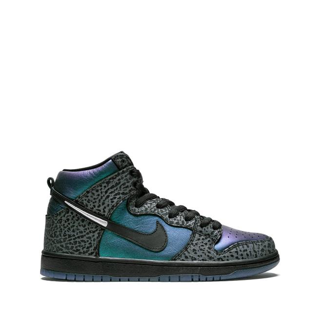 Nike SB Dunk High Pro QS