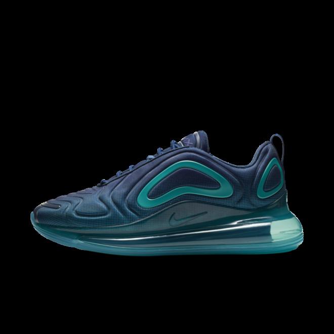 Nike Air Max 720 'Court Purple' zijaanzicht