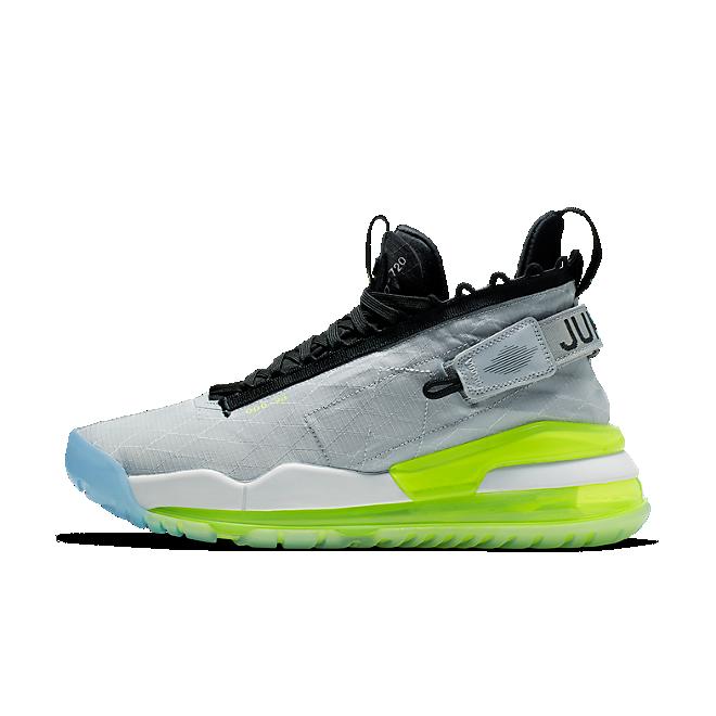 Nike Proto Max 720