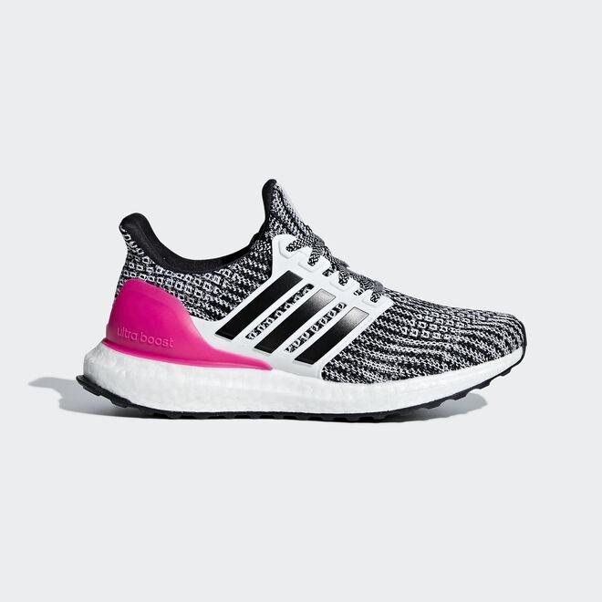 Adidas UltraBOOST J zijaanzicht