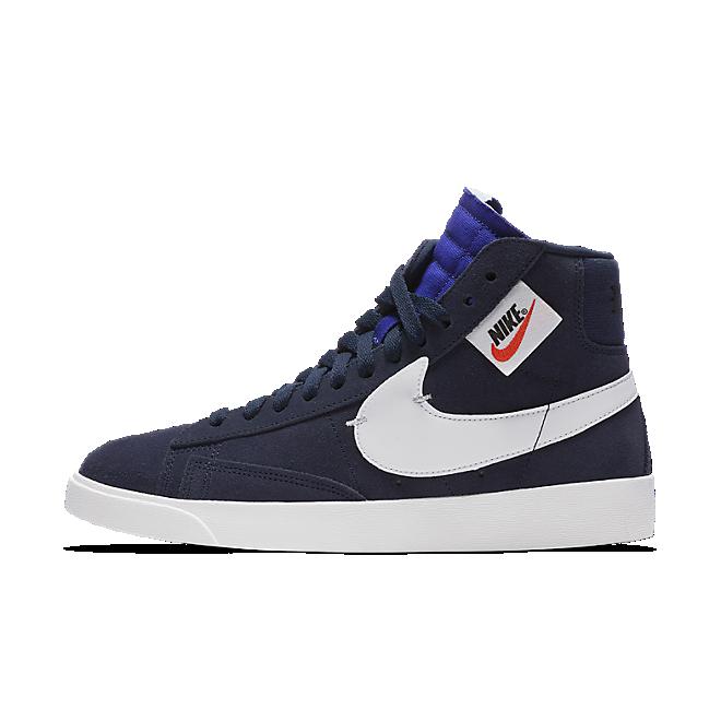 Nike Blazer Mid Rebel zijaanzicht