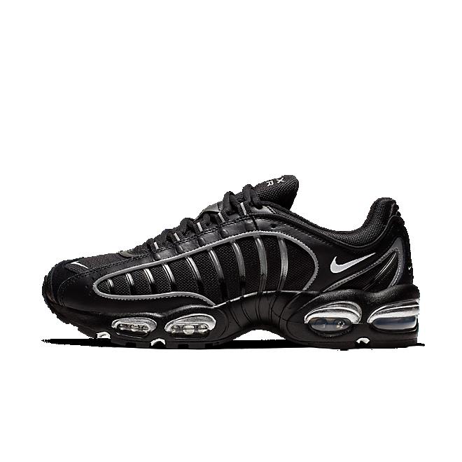 Nike Air Max Tailwind IV (Black / White - Metallic Silver)